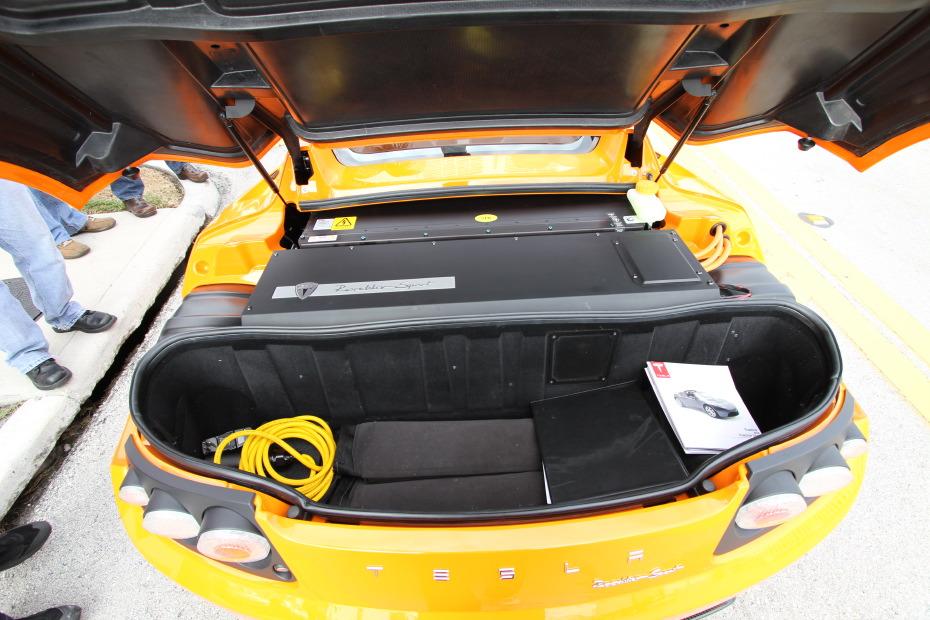 Tesla-Roadster-rear.JPG