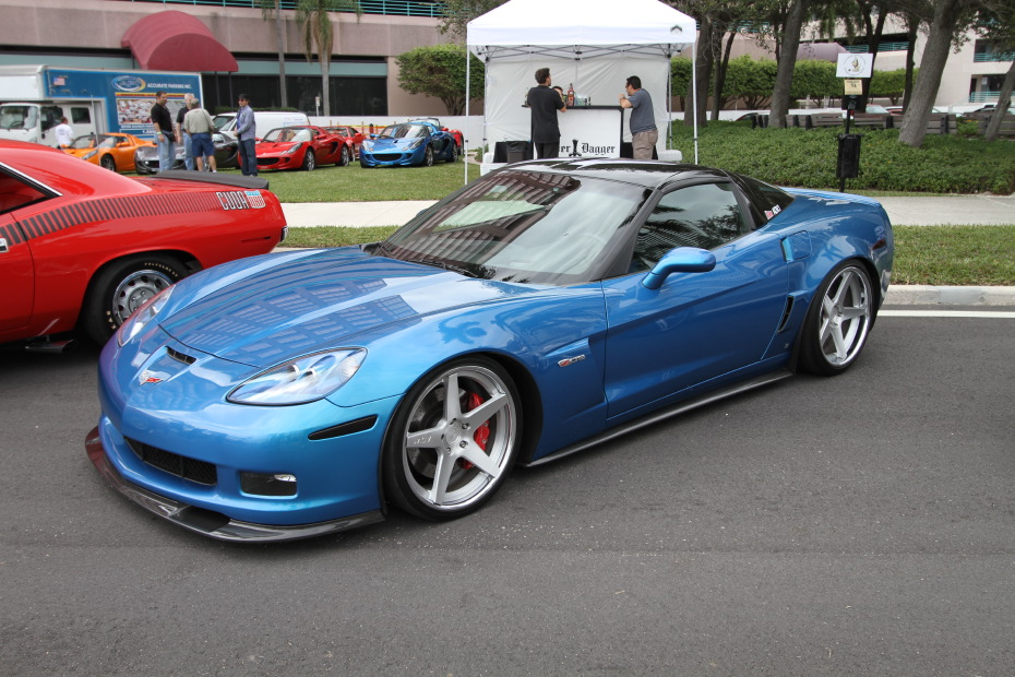chevrolet-corvette-z06-blue.JPG