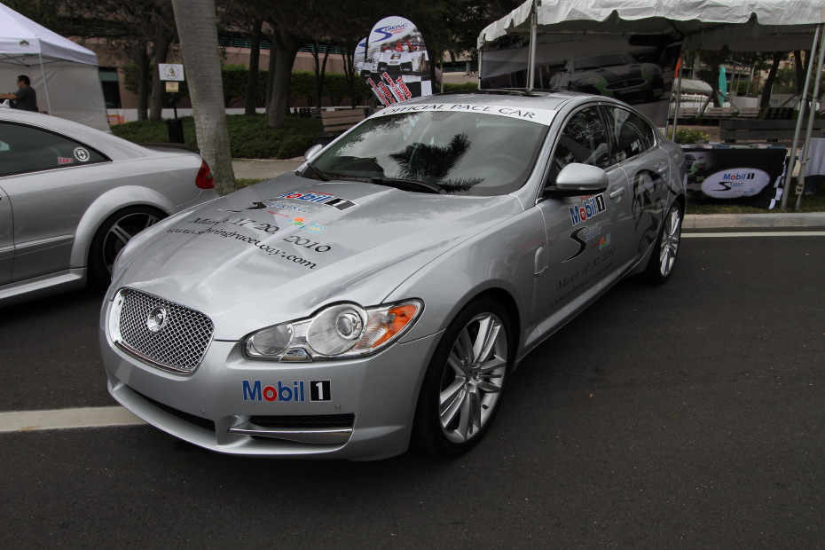 mobil1-jaguar-xfr-silver.JPG