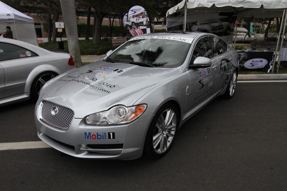 mobil1-jaguar-xfr-silver.JPG