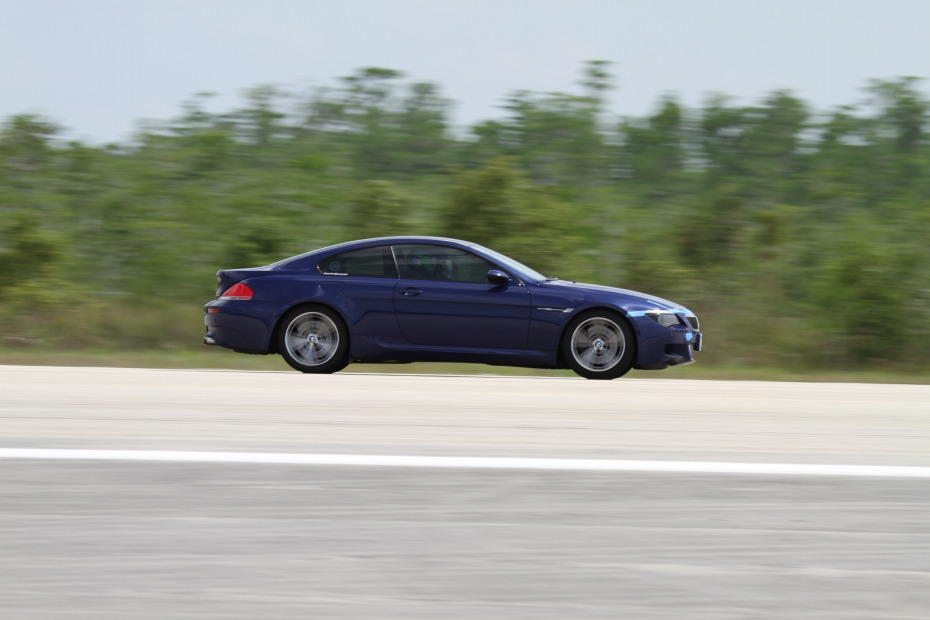 BMW-M6-blue-2-Standing-One-Mile-2764.JPG