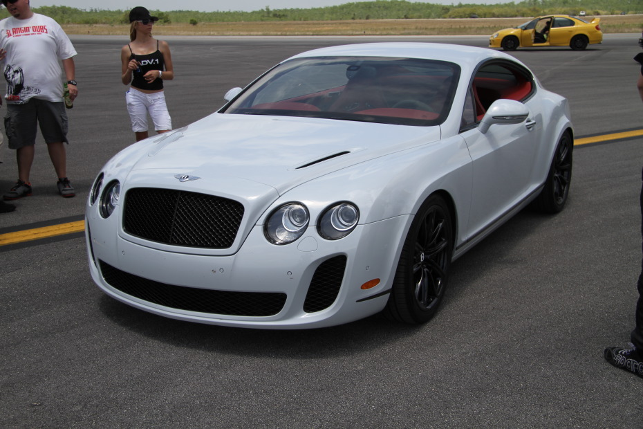 Bentley-Continental-GT-Supersport-1-Standing-One-Mile-2589.JPG