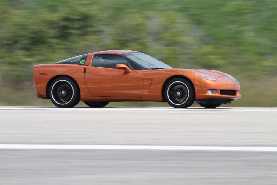 Chevrolet-Corvette-Supercharged-orange-1-Standing-One-Mile-2614.JPG