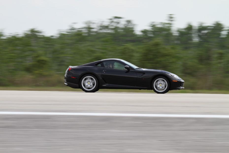 Ferrari-599-Black-2-Standing-One-Mile-2705.JPG