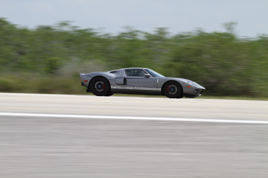 Ford-GT-Grey-3-Standing-One-Mile-2782.JPG