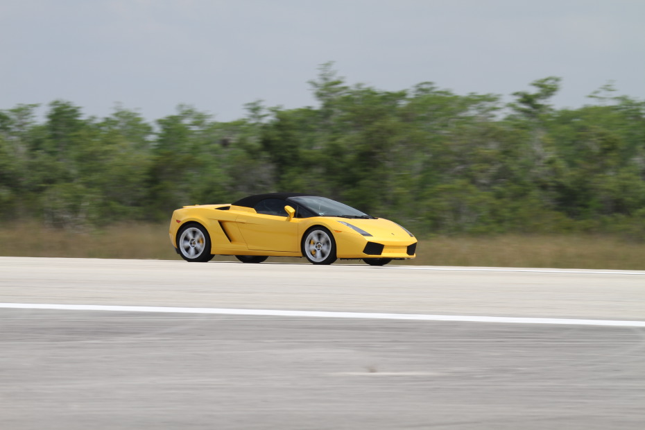 Lamborghini-Gallardo-Spyder-yellow-1-Standing-One-Mile-2642.JPG
