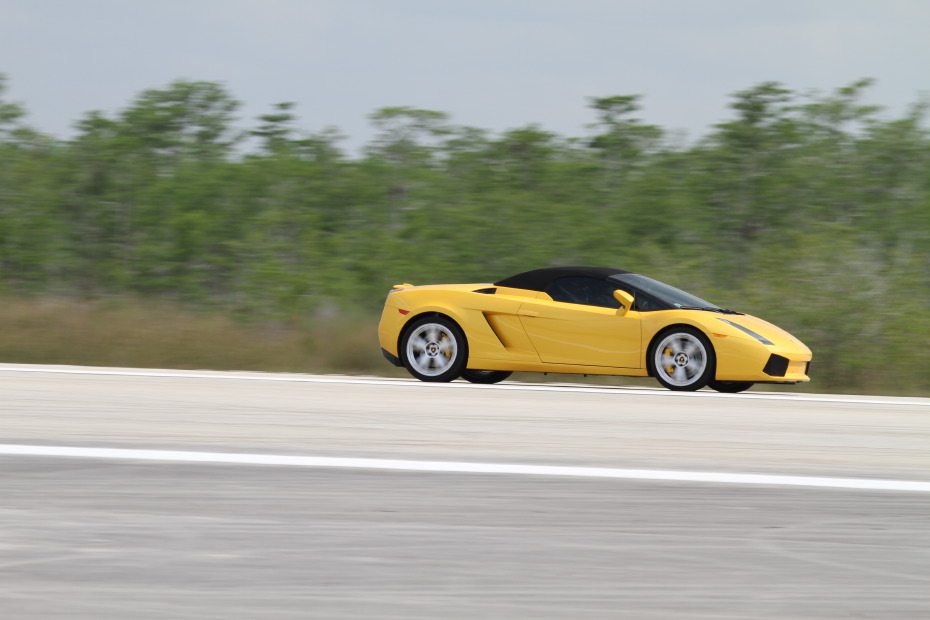 Lamborghini-Gallardo-Spyder-yellow-2-Standing-One-Mile-2645.JPG