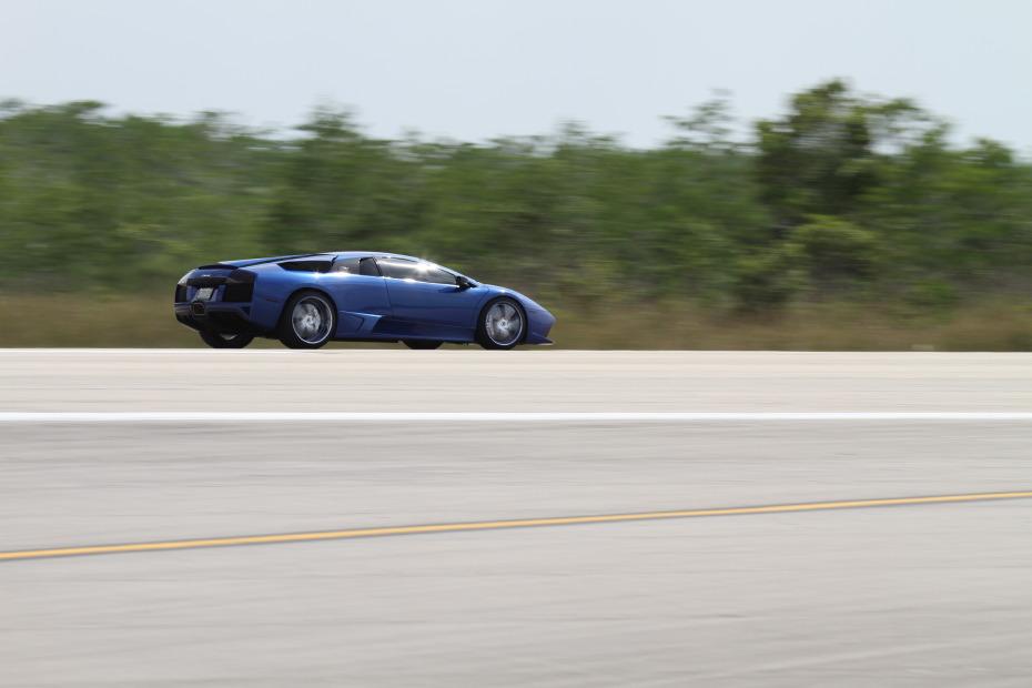 Lamborghini-Murcielago-Blue-2-Standing-One-Mile-2813.JPG