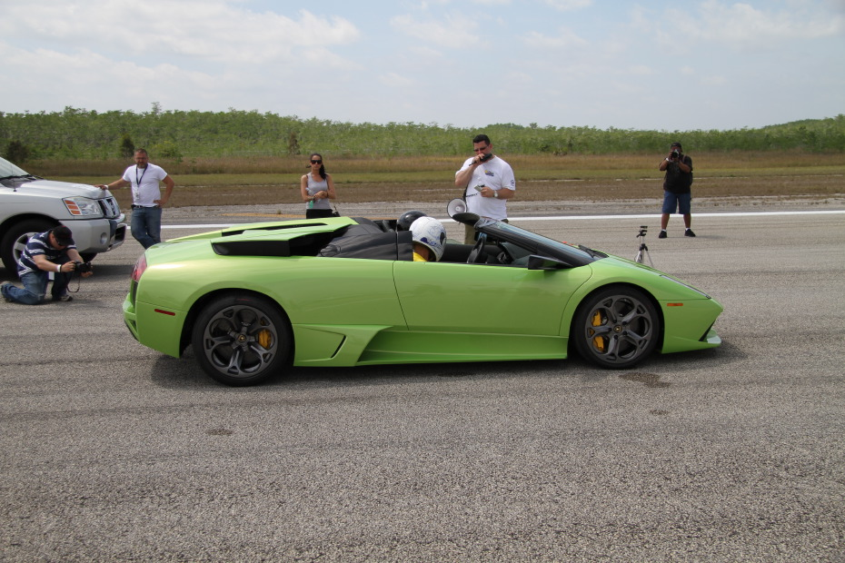 Lamborghini-Murcielago-Green-1-Standing-One-Mile-2568.JPG