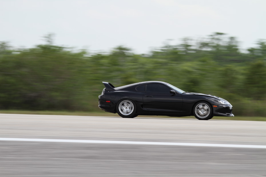 Toyota-Supra-black-3-Standing-One-Mile-2727.JPG