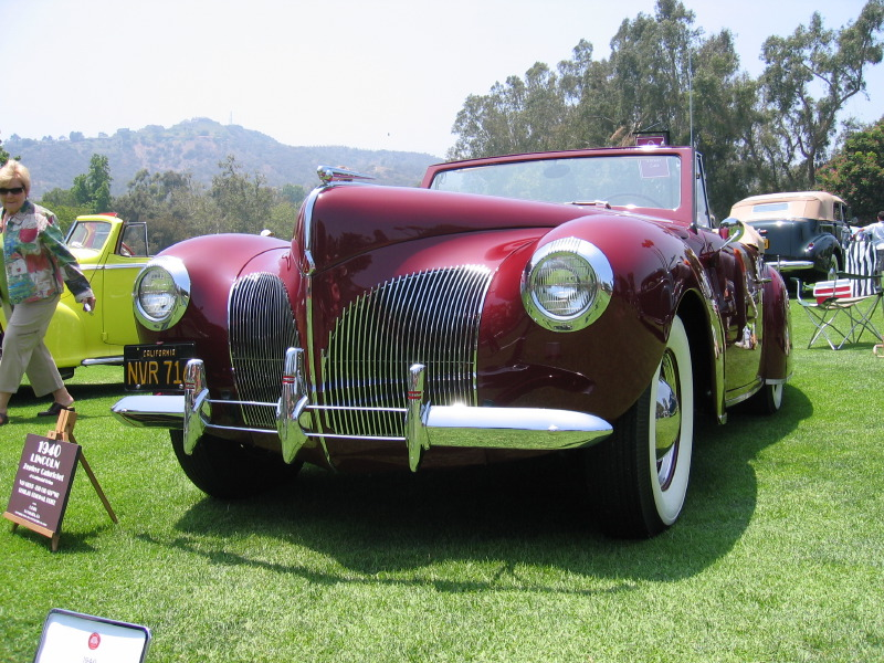 1940 Lincoln Zephyr V12 Convertible