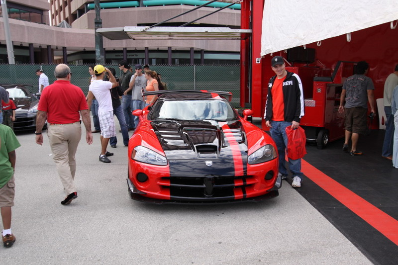 2008-Dodge-Viiper-ACR-Red-Black.JPG