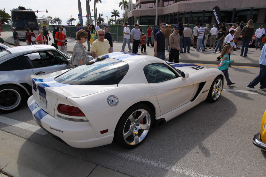 Dodge-Viper-SRT10-Coupe-VOI9.JPG