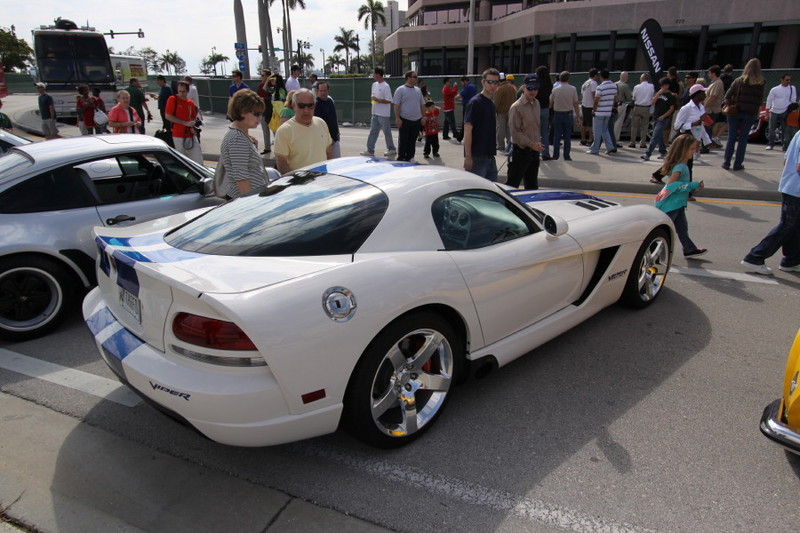 Dodge-Viper-SRT10-Coupe-VOI9.JPG