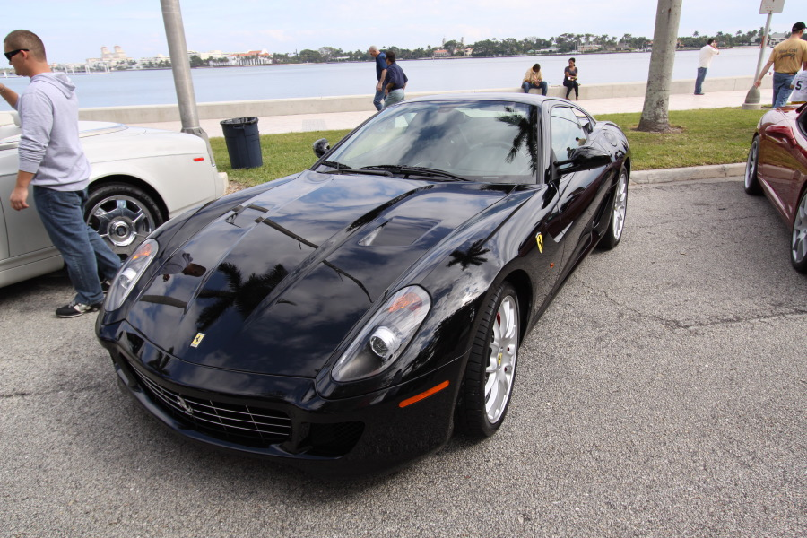 Ferrari-599-Black-Front-View.JPG