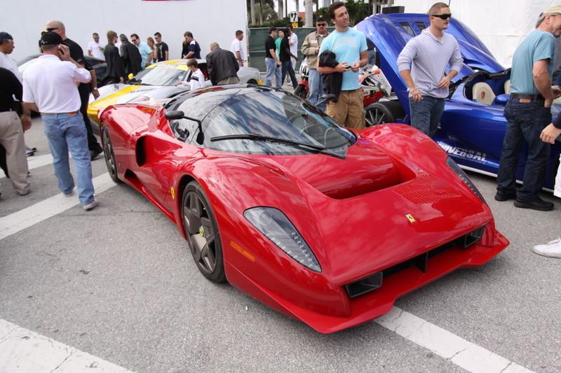 Ferrari-Enzo-Custom-Quarter-View.JPG