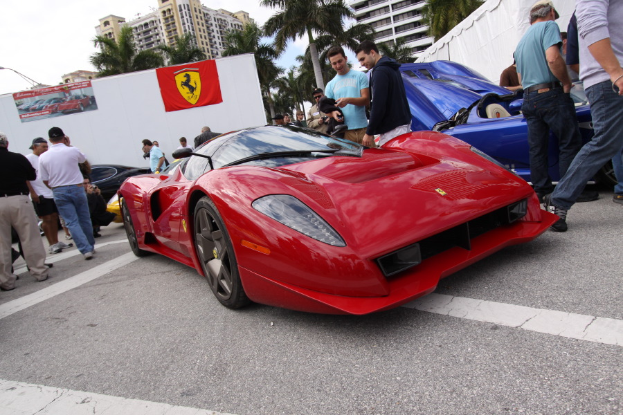 Ferrari-Enzo-Custom-Quarter-View2.JPG