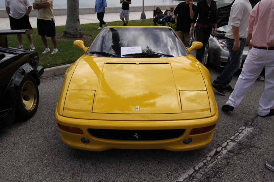 Ferrari-F355-Yellow-Front-View.JPG