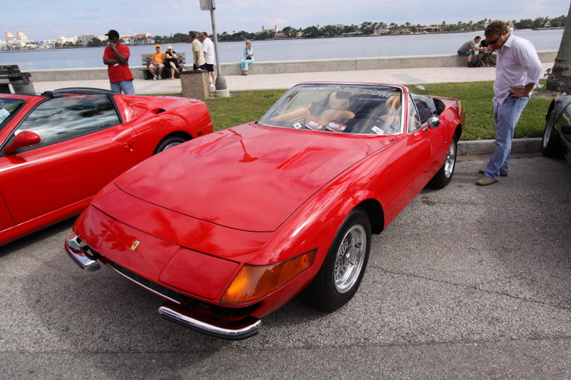 Ferrari-Red-quarter-view.JPG