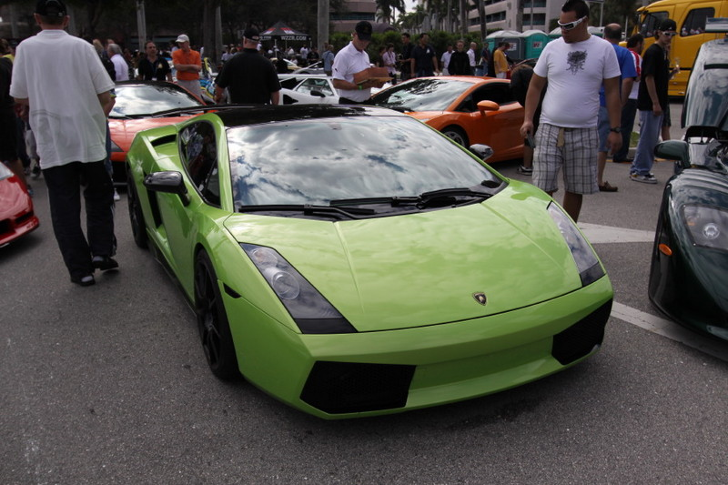 Lamborghini-Gallardo-Green-Front-View.JPG