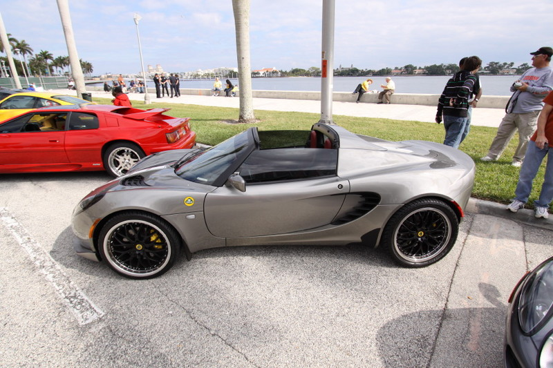 Lotus-Elise-Silver-Side-View.JPG