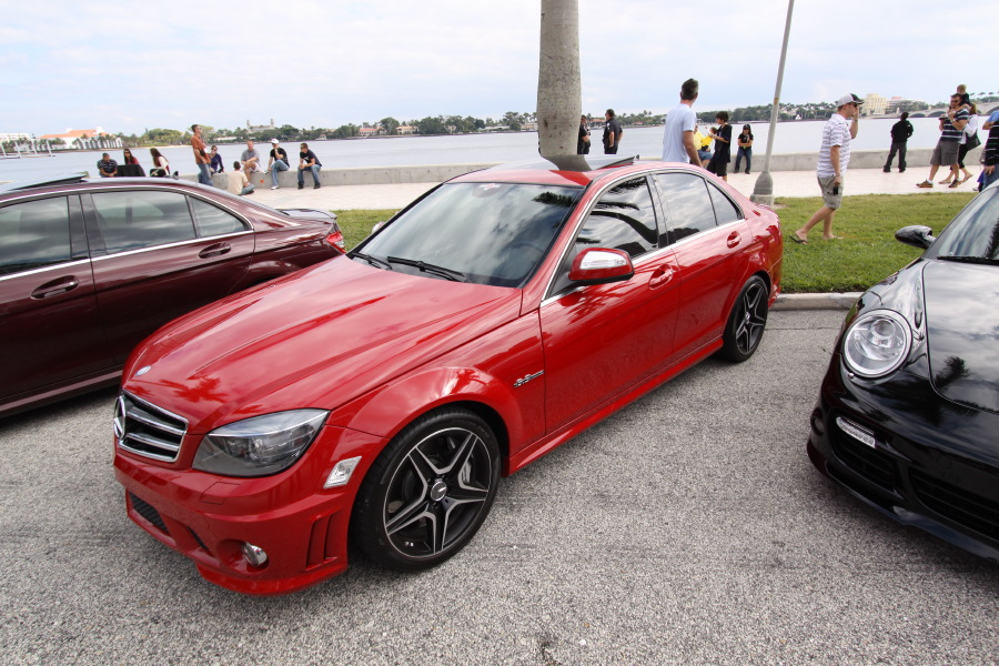 Mercedes-Benz-C63-AMG-Red-Side-View.JPG