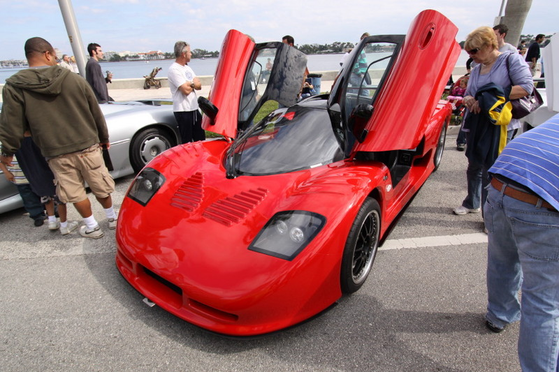 Mosler-MT900-Red.JPG