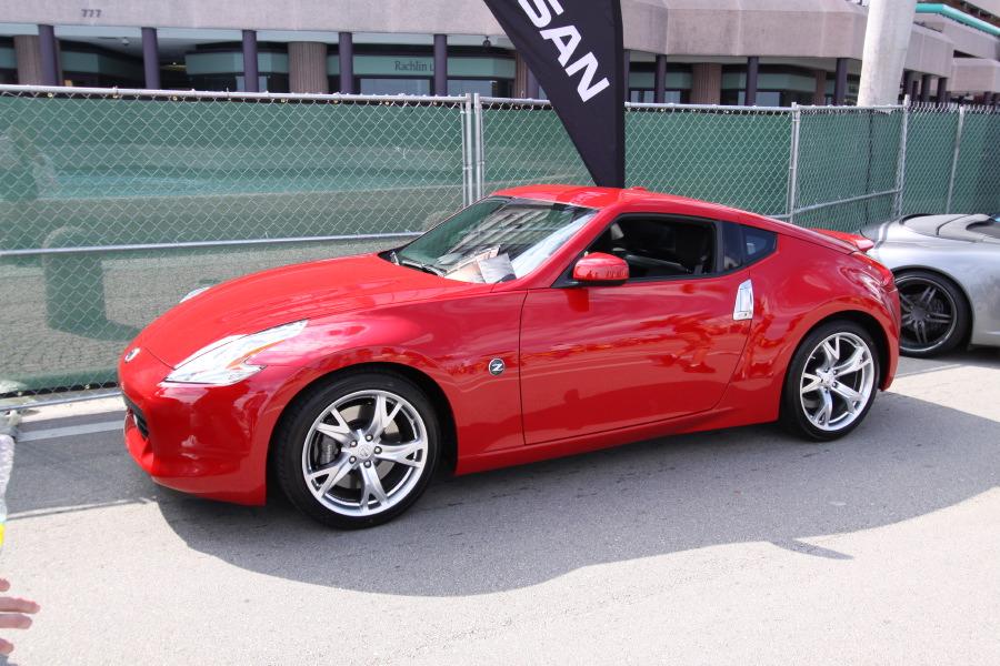 Nissan-370Z-Red.JPG