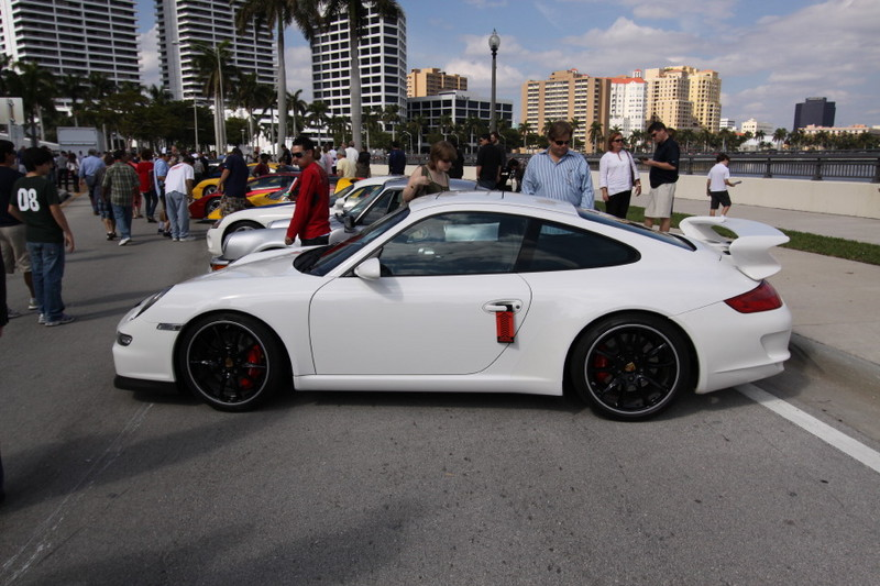 Porsche-911-white.JPG
