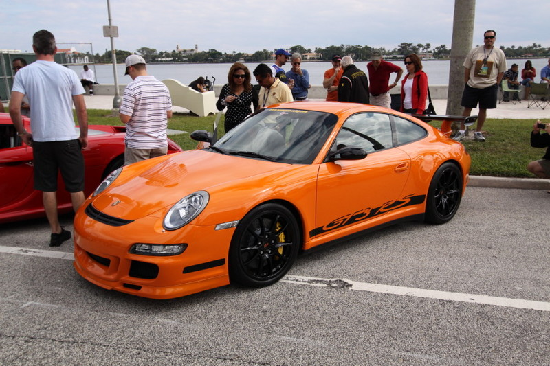 Porsche-GT3-RS-Orange-Side-View.JPG