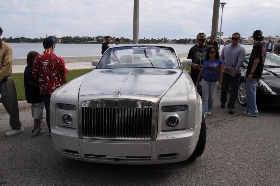 Rolls-Royce-Phantom-Drophead-8242.JPG