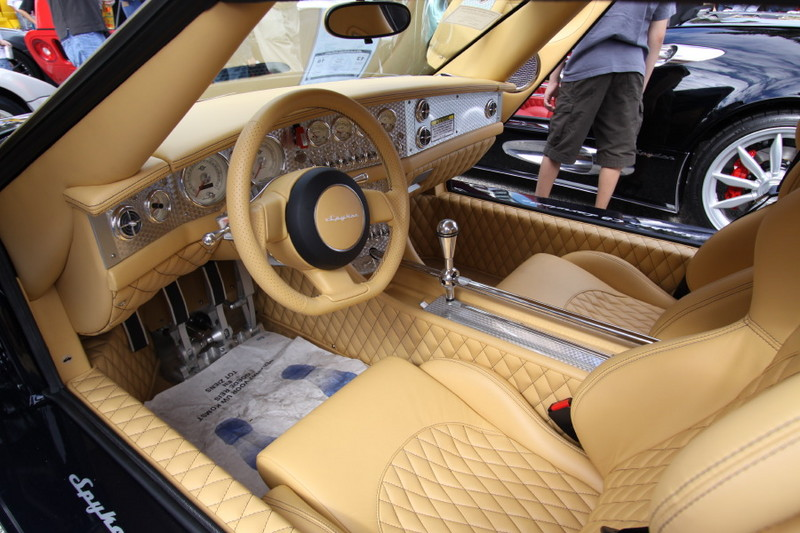 Spyker-C8-Interior.JPG