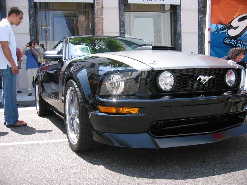 GAS Boss Mustang