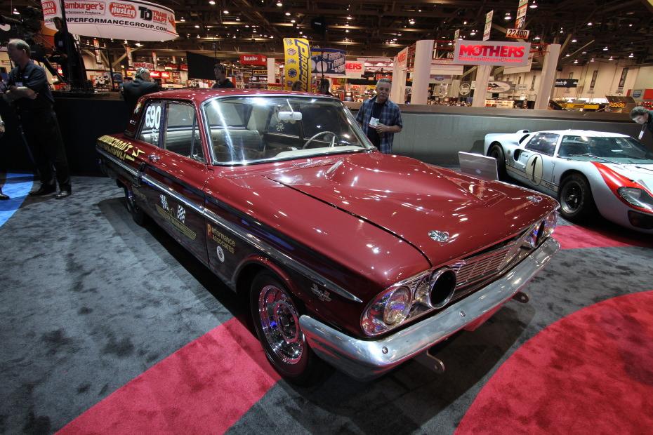 1964-Ford-Fairlane-Thunderbolt-1.JPG