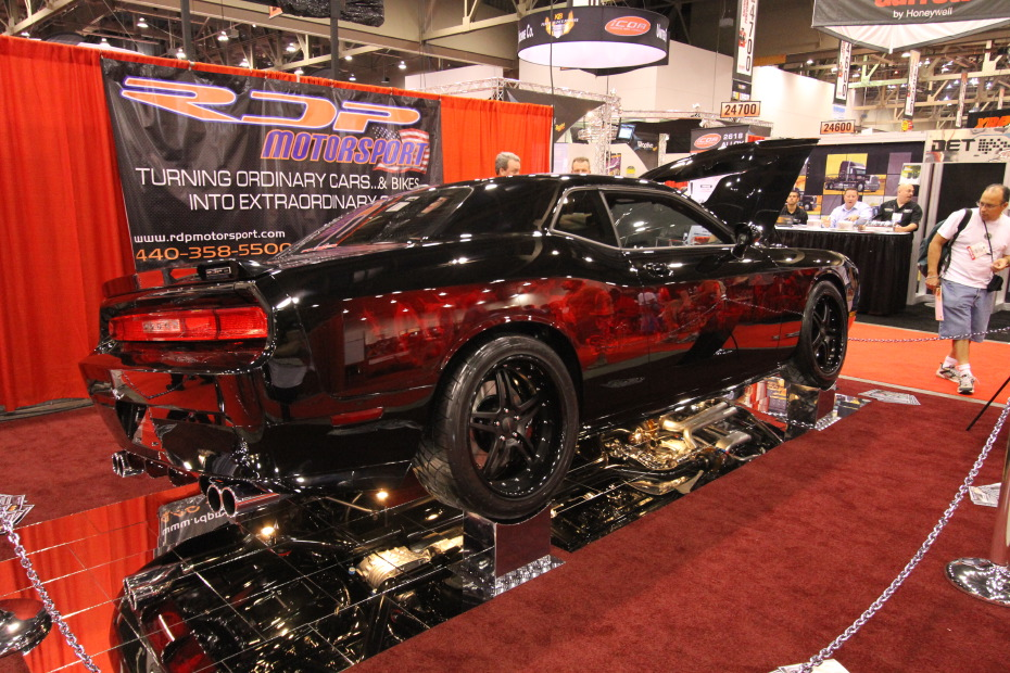 2009-Dodge-Challenger-SRT8-Frank-Miller-1.JPG
