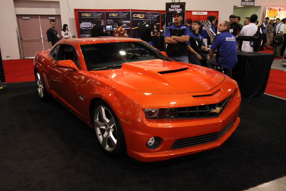2010 Orange Camaro Wallpaper http://www.dragtimes.com/gallery/SEMA-Show-2009/24