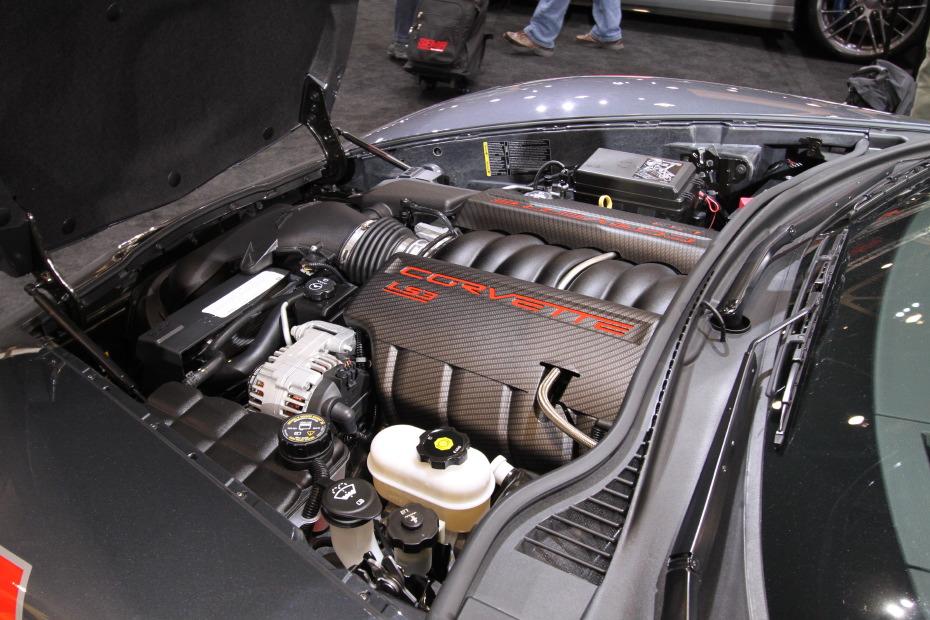 2010-Chevrolet-Corvette-Grand-Sport-3.JPG