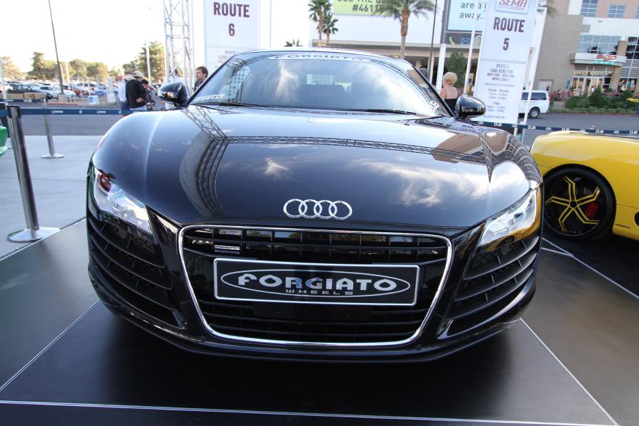 Audi-R8-DUB-2.JPG