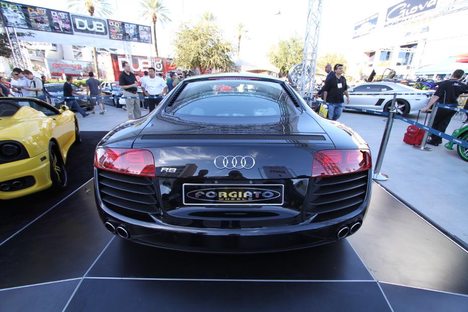 Audi-R8-DUB-4.JPG
