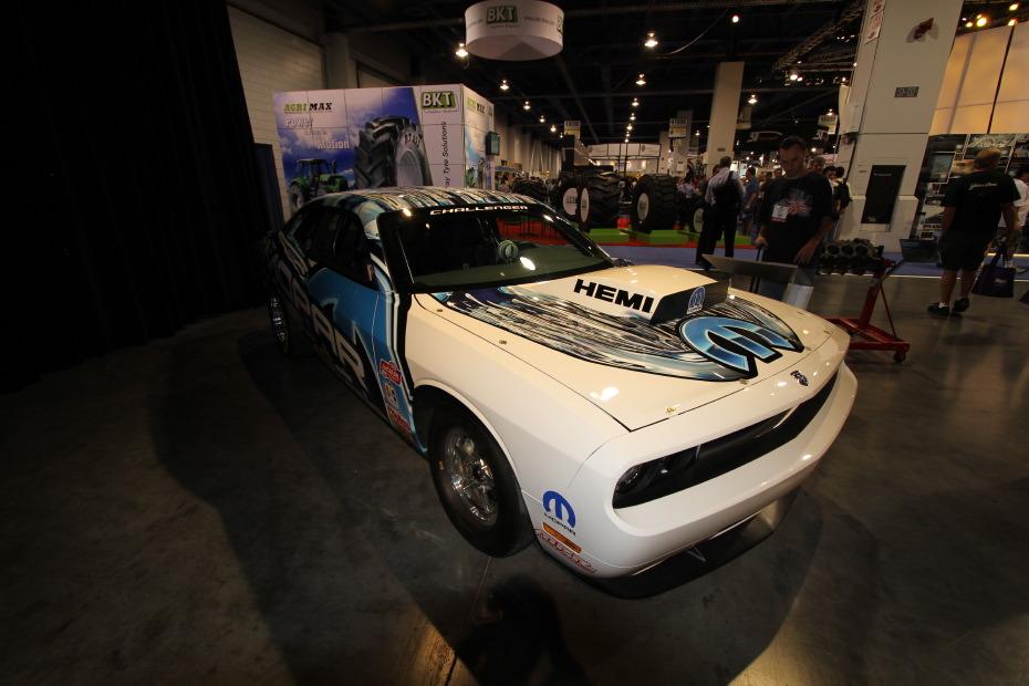 Dodge-Challenger-Drag-Pak-Mopar-3.JPG