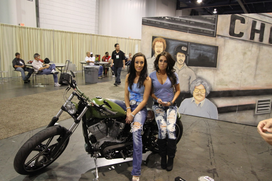 Motorcycle-Girls.JPG