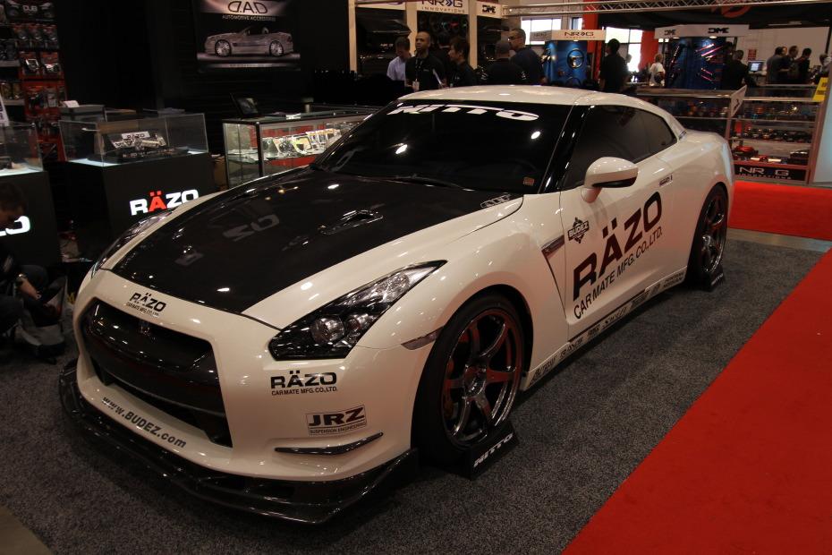 Nissan-GT-R-Kuani-3.JPG