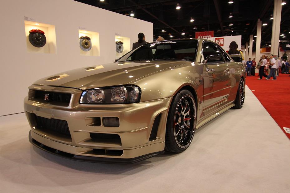 Nissan-Skyline-GT-R-Nismo-2.JPG