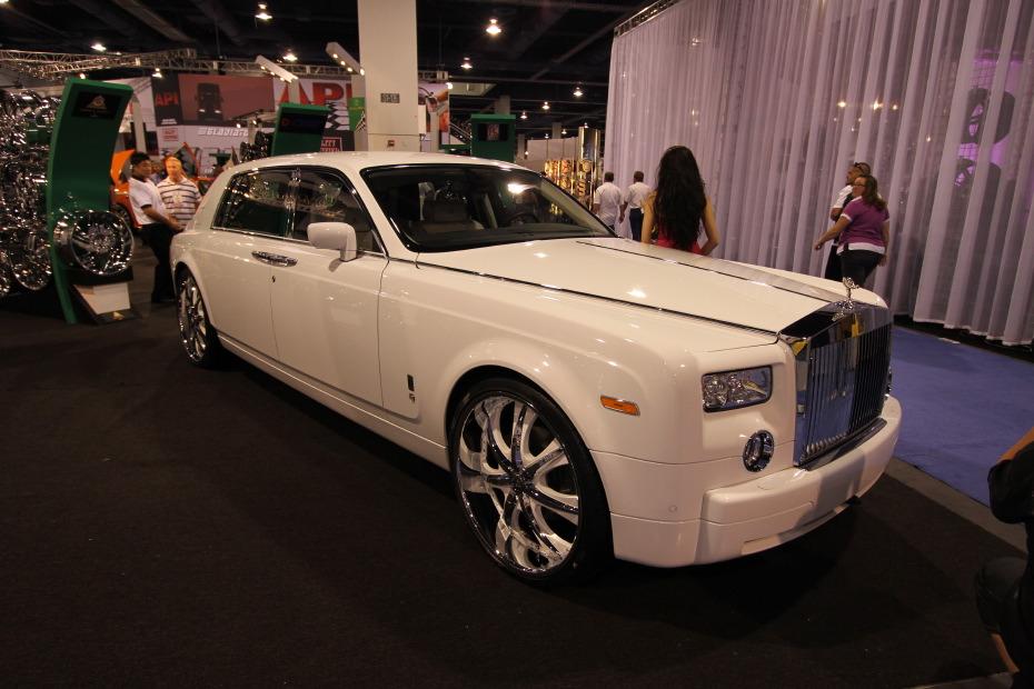 Rolls-Royce-Phantom-2.JPG