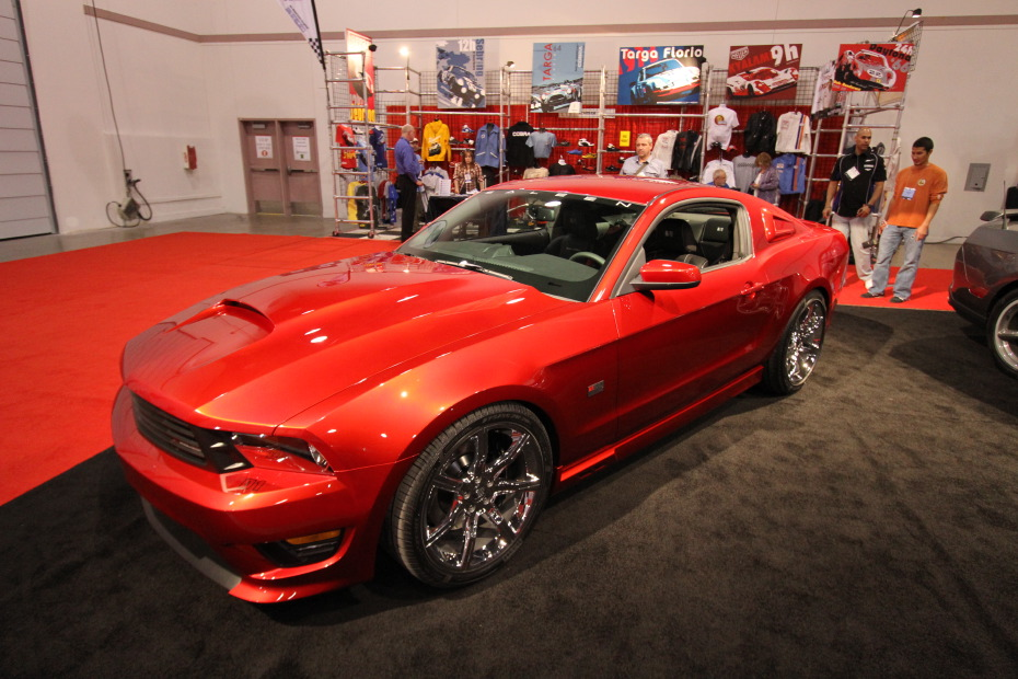 Saleen-Mustang-Red.JPG