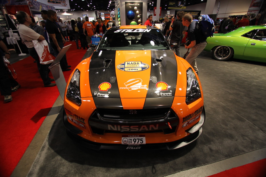 Stillen-Nissan-GT-R-Orange.JPG