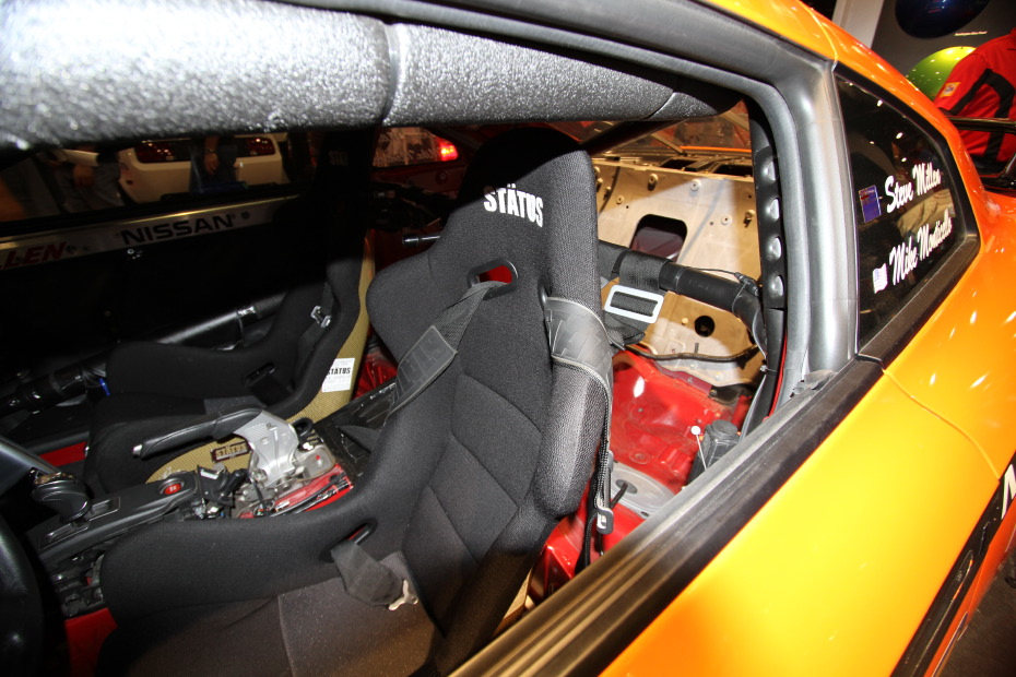 Stillen-Nissan-GT-R-Orange-Interior-2.JPG