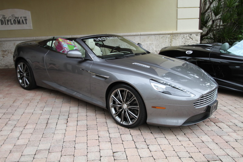 2011-Toy-Rally-Aston-Martin-Virage.JPG