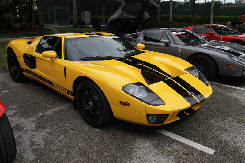 2011-Toy-Rally-Ford-GT-Yellow-Black-1.JPG