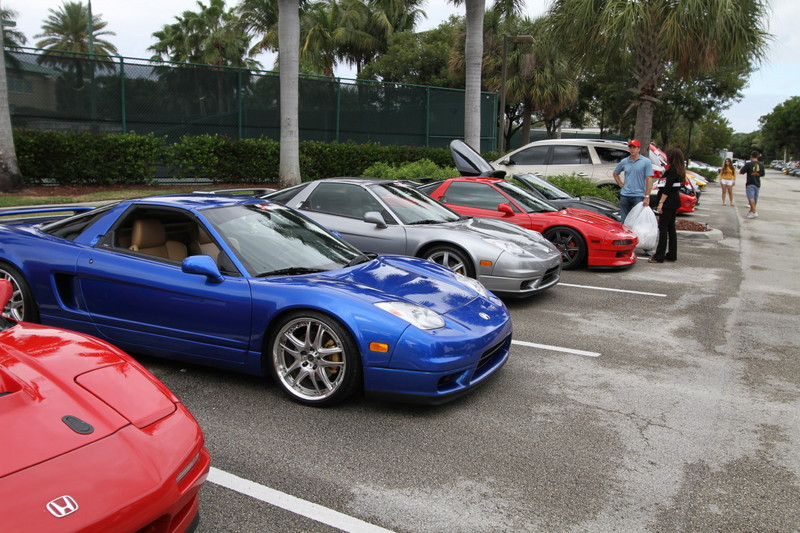 2011-Toy-Rally-NSXs.JPG